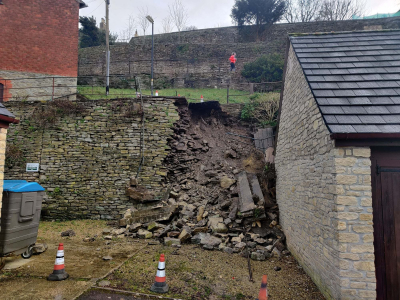 Malmesbury footpath closed after wall collapses